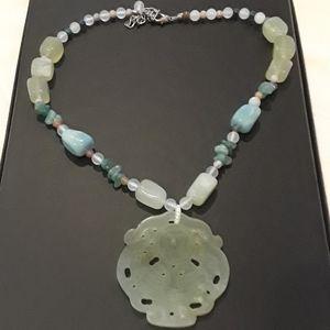 Jewelry - Beautiful jade necklace.